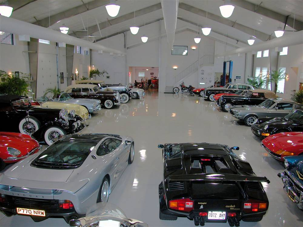 World 39 s most beautiful garages exotics 100 pics for Garage ramella nice