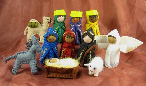 School Auction Nativity Set Dec09