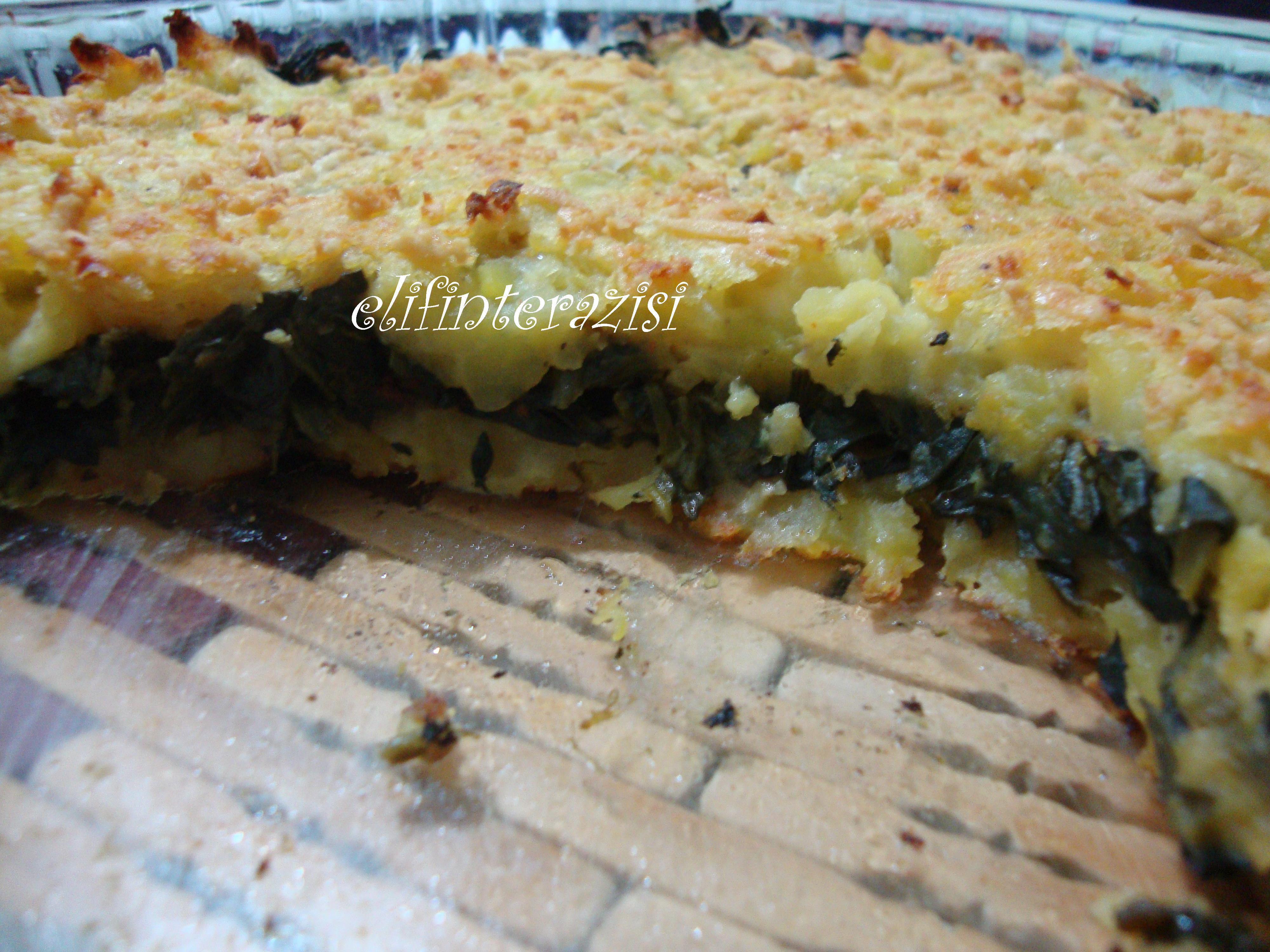 Fırında Ispanaklı Sütlü Patates Tarifi