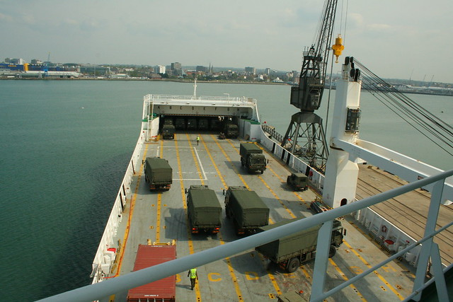 4038037204 55cb363235 z Ship to Shore Logistics   09 (Current Capabilities)
