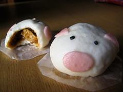 nikuman, baozi, sweetness, food, dish, dessert, cuisine,