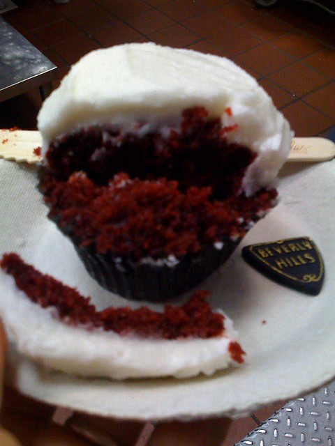 Sprinkles Cupcakes Beverly Hills vegan red velvet cupcake | Flickr ...