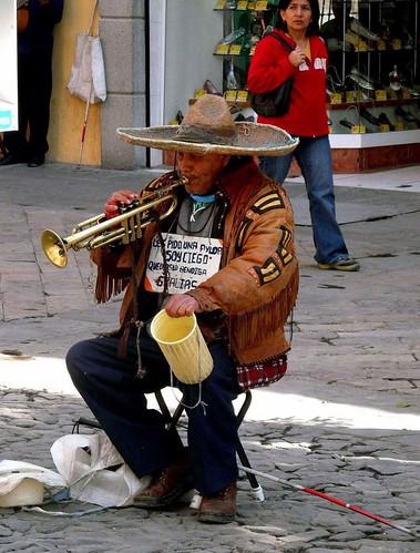 B28 street musician