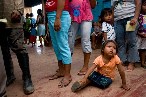 Retratos de niños Indígenas. ONG Amazon Xpeditions.