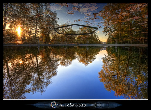 autumn trees sunset brussels fountain leaves photoshop canon reflections rebel weird belgium belgique upsidedown tripod dream belgië surreal floating bruxelles sigma flip tips what remote about 1020mm parlement lucid erlend brussel forests hdr nope cs3 3xp photomatix tonemapped tonemapping xti 400d erroba robaye erlendrobaye inversedworld