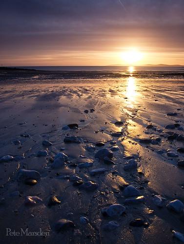 uk seascape wales sunrise dawn rhosonsea absolutelystunningscape