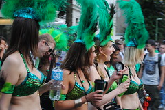 dance(0.0), carnival(1.0), event(1.0), crowd(1.0), saint patrick's day(1.0),