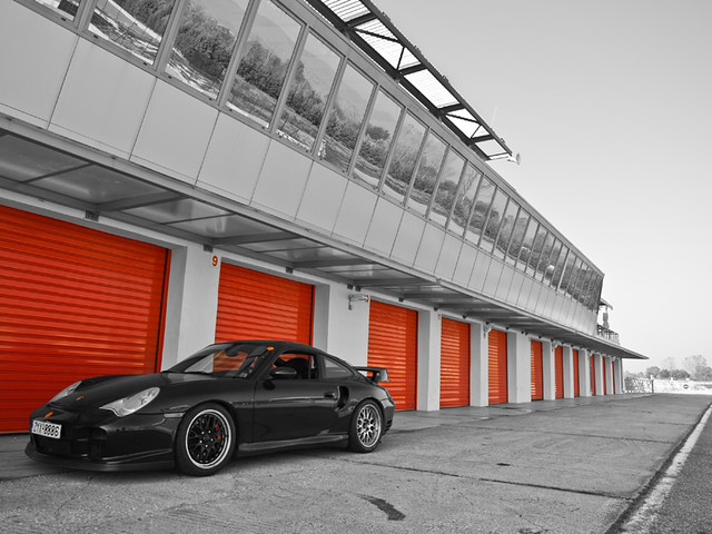 Porsche Carrera at Serres Racing Circuit