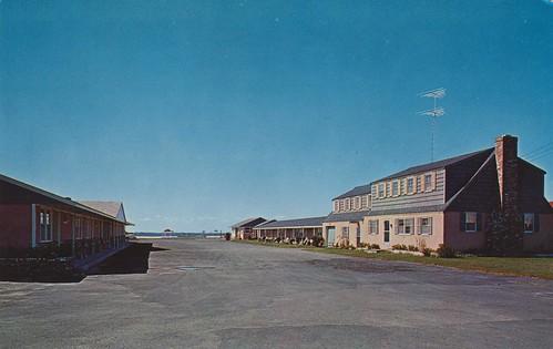 the cardboard america motel postcard archive blue sea. Black Bedroom Furniture Sets. Home Design Ideas