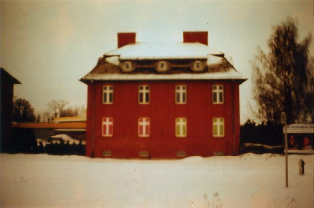 eine rote haus berlin flickr photo sharing. Black Bedroom Furniture Sets. Home Design Ideas