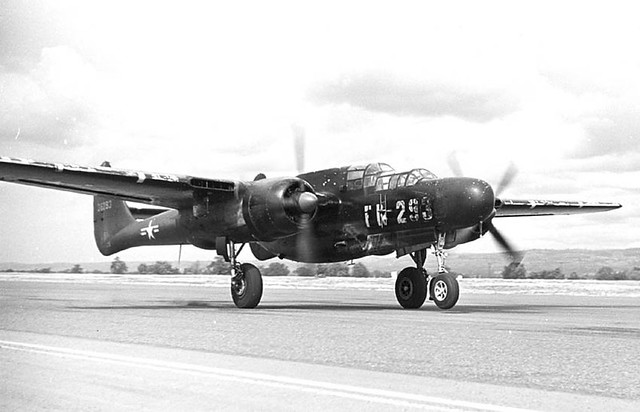 P-61taxiStaples