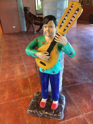 Young musician statue