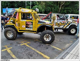 4x4 Borneo Safari 2009 Flag off - Suzuki 4x4 SJ Competitor