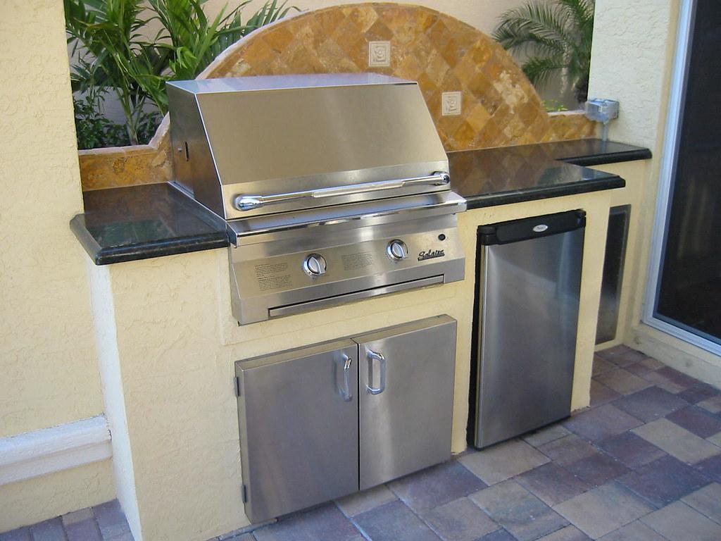 Outdoor Kitchen Refrigerators Built In Gas Grill With Refrigerator Gas Grill With Refrigerator
