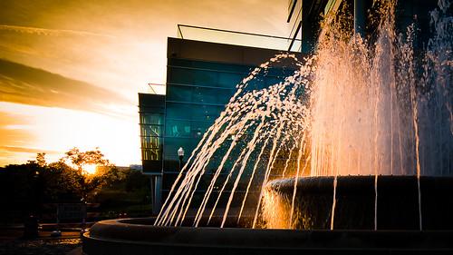 city sunset urban fountain island virginia downtown richmond va browns rva skynoir bybilldickinsonskynoircom