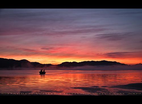 morning light sky sun water fog clouds oregon sunrise landscape nikon tillamook northwest scenic pacificnorthwest oregoncoast d300 tillamookbay oregontravel traveloregon vosplusbellesphotos