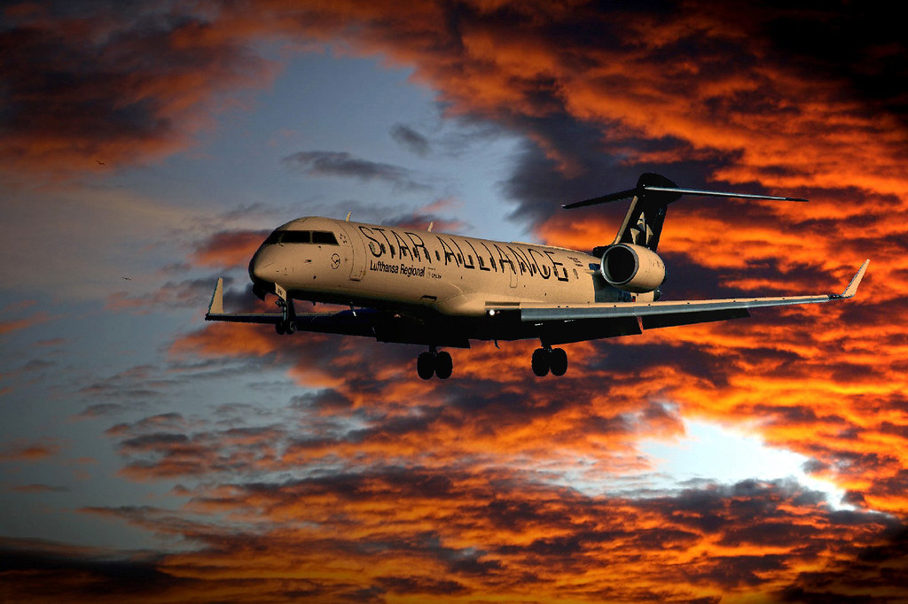 Lufthansa City Line / Canadair CL-600-2C10 CRJ-701ER / D-ACPS