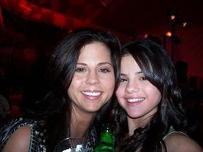 Selena and her Mom