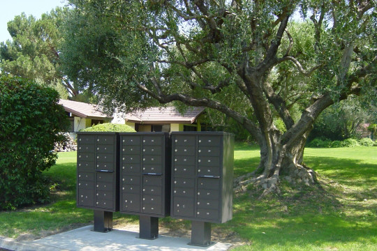 Auth florence 13 door high security cbu mailboxes flickr for Auth florence