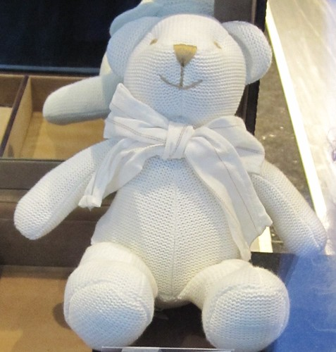 a white knitted teddybear