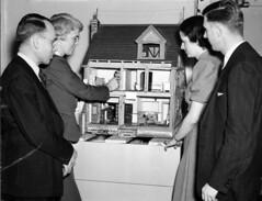 Hobby show - Dollhouse display