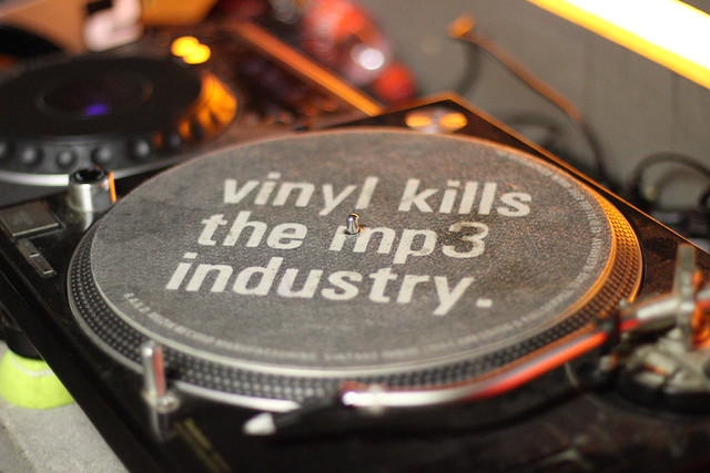 vinyl kills the mp3 industry