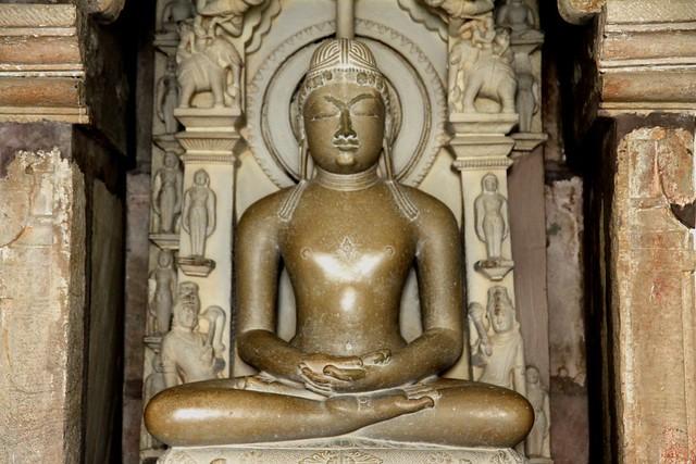 khajuraho temples sculptures