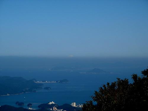 sea mountain nature japan geotagged engagement zoom hiking observatory mountfuji 日本 kansai ise 富士山 mie 2007 isebay toba eastasia 伊勢市 farandwide 三重県 伊勢湾 鳥羽市 200710 mountasama 関西地方 20071028 朝熊山 geo:lat=34459358 geo:lon=136782972