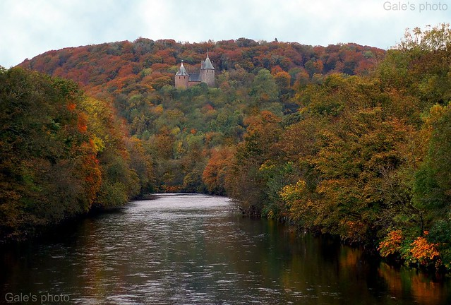 Autumn colours around Castle Coch.