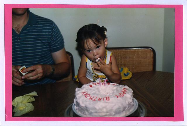 little anna eats her cake