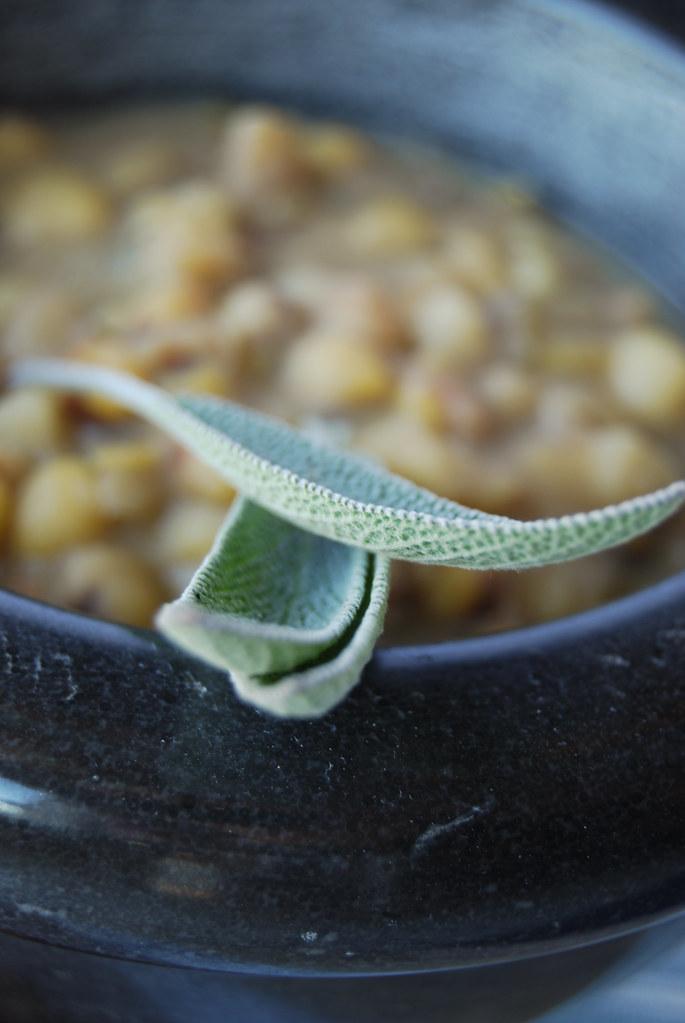 Minestra di castagne e cicerchie2