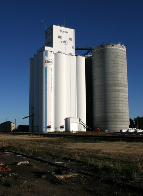 Farmer's Co-op Grain Elevator