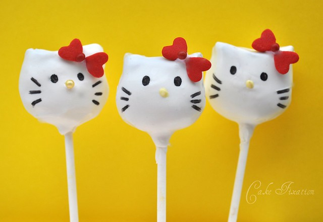 hello kitty cake pops - photo #32