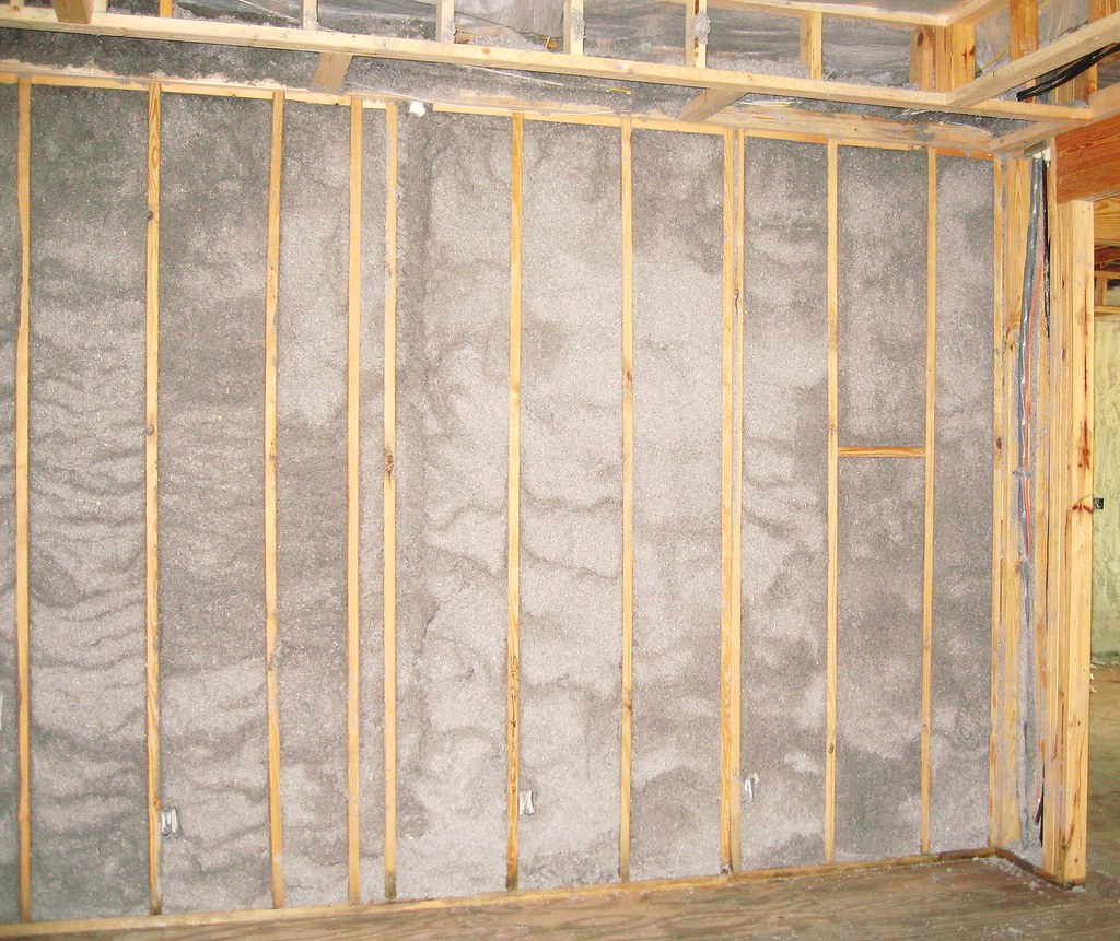 Attrayant Cellulose Interior Wall For Soundproofing | Installing Cellu ...