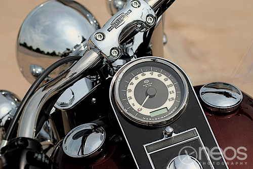 Harley-Davidson Softail Deluxe Console