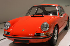 porsche 959(0.0), convertible(0.0), sports car(0.0), automobile(1.0), automotive exterior(1.0), vehicle(1.0), automotive design(1.0), porsche 912(1.0), porsche(1.0), porsche 911 classic(1.0), land vehicle(1.0), coupã©(1.0),