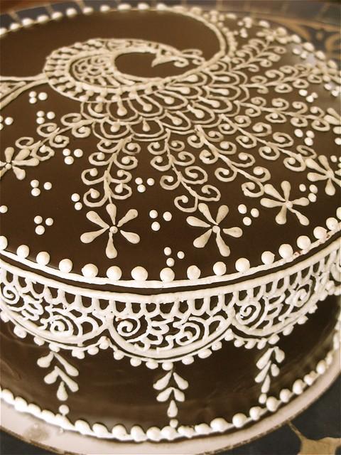 Henna Mehndi Cake : Mehndi cake frosted by http hennalounge flickr