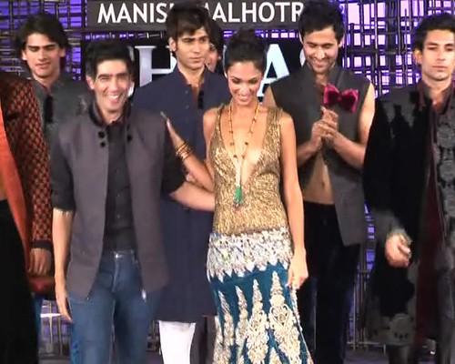 Lakme Fashion Week 2012 Manish Malhotra - 1980S FASHION FOR