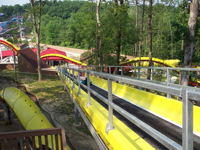 Splashin' Safari - Wildebeest Lift Hill