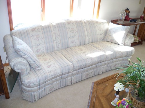 Center-matched Tapestry Sofa