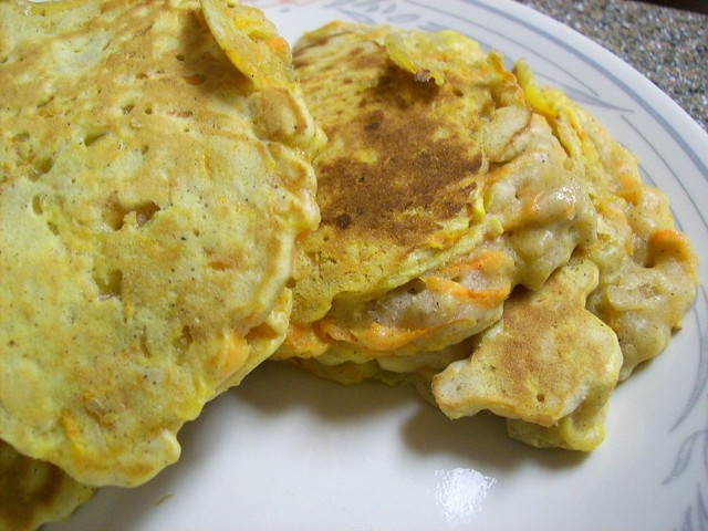 Boys And Girls Apple - Carrot Pancakes