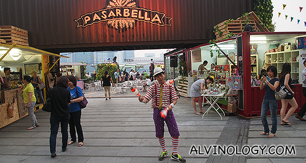 PasarBella and Friends Go To Town