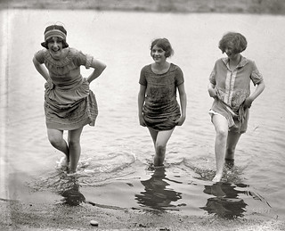 1924-Girls Gone Wild