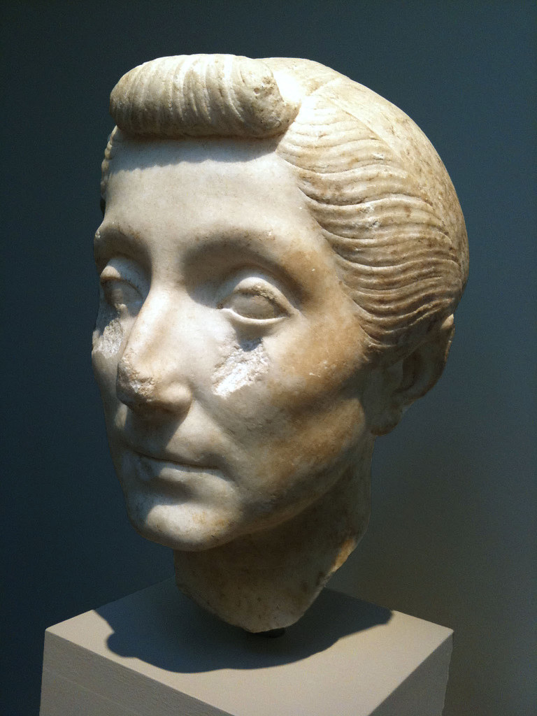 Portrait head of an elderly woman 40-20 bc