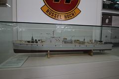 Museum der Bundeswehr Dresden - Modell Minenräumboot R43
