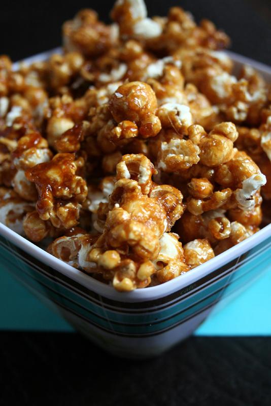 Le p trin s ance cin popcorn au caramel - Faire du caramel maison ...