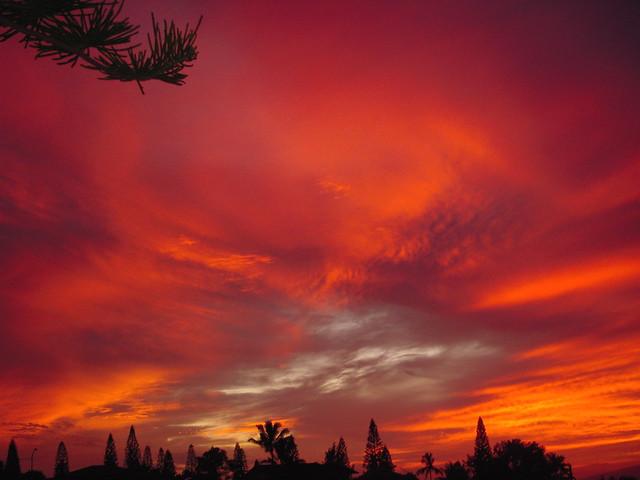 Flaming Maui Sky, Nikon COOLPIX S52
