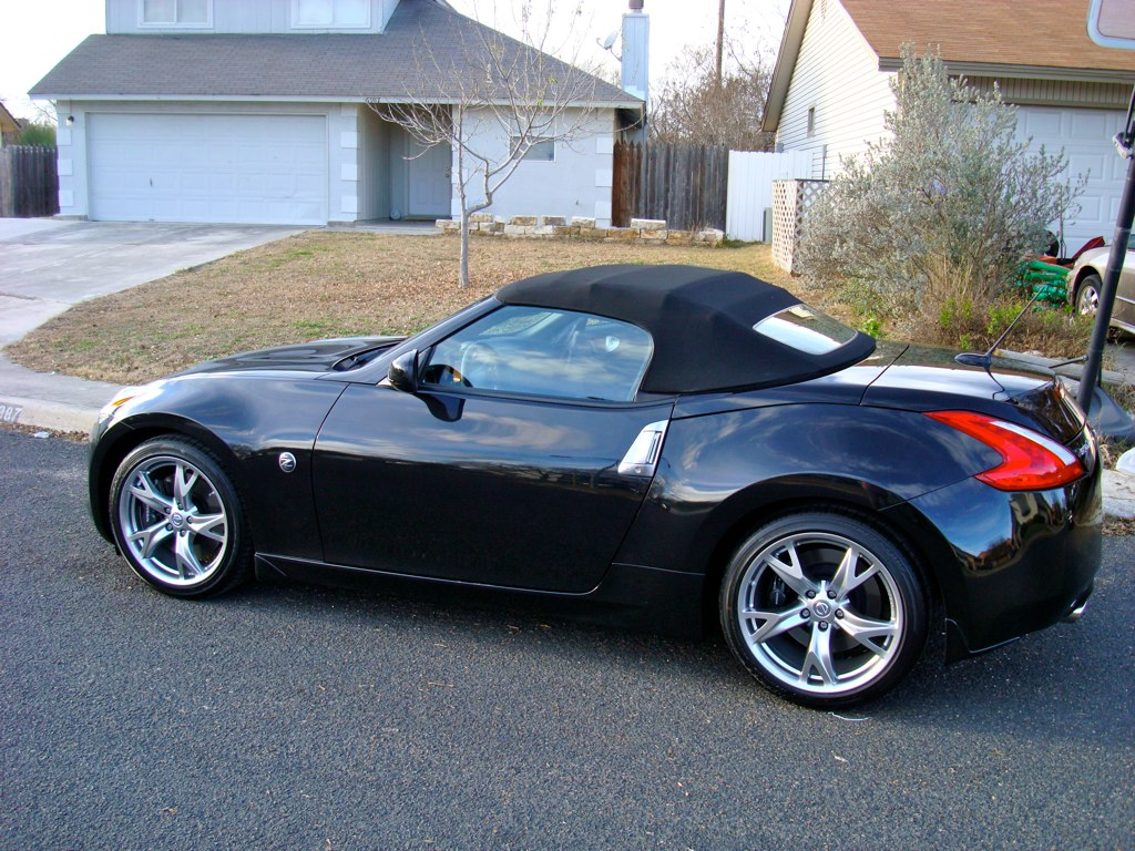 2012 nissan 370z convertible. Black Bedroom Furniture Sets. Home Design Ideas