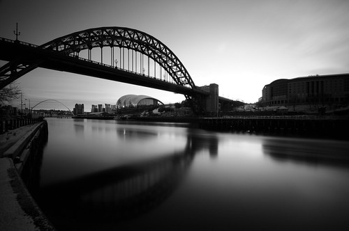 uk longexposure morning bridge england sky bw white black water sergio clouds sunrise reflections river newcastle hotel nikon long exposure unitedkingdom steel fiume tripod smooth hilton sigma wideangle landmark sage tyne bn gateshead ponte tynebridge quays acqua tyneside bianco nero nopostprocessing newcastleupontyne inghilterra riflesso d300 10mm bienne sigma1020 nohdr sooc straightoutofcamera amiti motthayandanderson 5erg10 sergioamiti