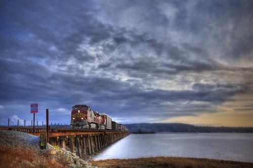 trestle bridge train geotagged wooden long railway surrey hdr bnsf mudbay janusz leszczynski mywinners platinumphoto artofimages bestcapturesaoi geo:lat=49086234 geo:lon=122859764 005244 tonsofsteel